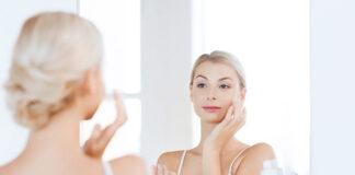Jak wybrać i jak używać bazę pod makijaż