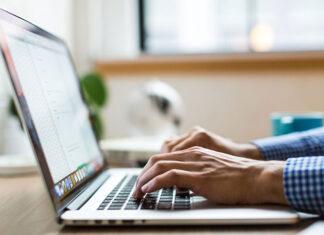 Czym kierować się podczas zakupu laptopa
