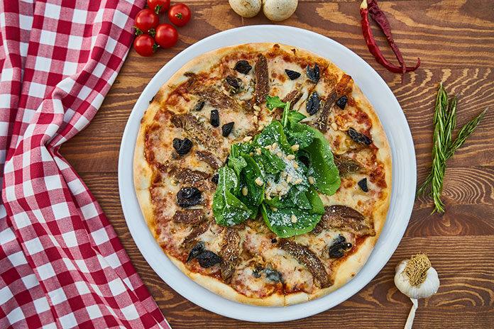 akcesoria do przyrządzania pizzy
